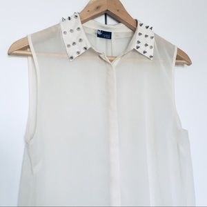 Sparkle & Fade Spiked Sleeveless Blouse Size S